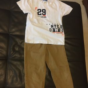 2 for 20$🎉Levis camel jogger pants and top